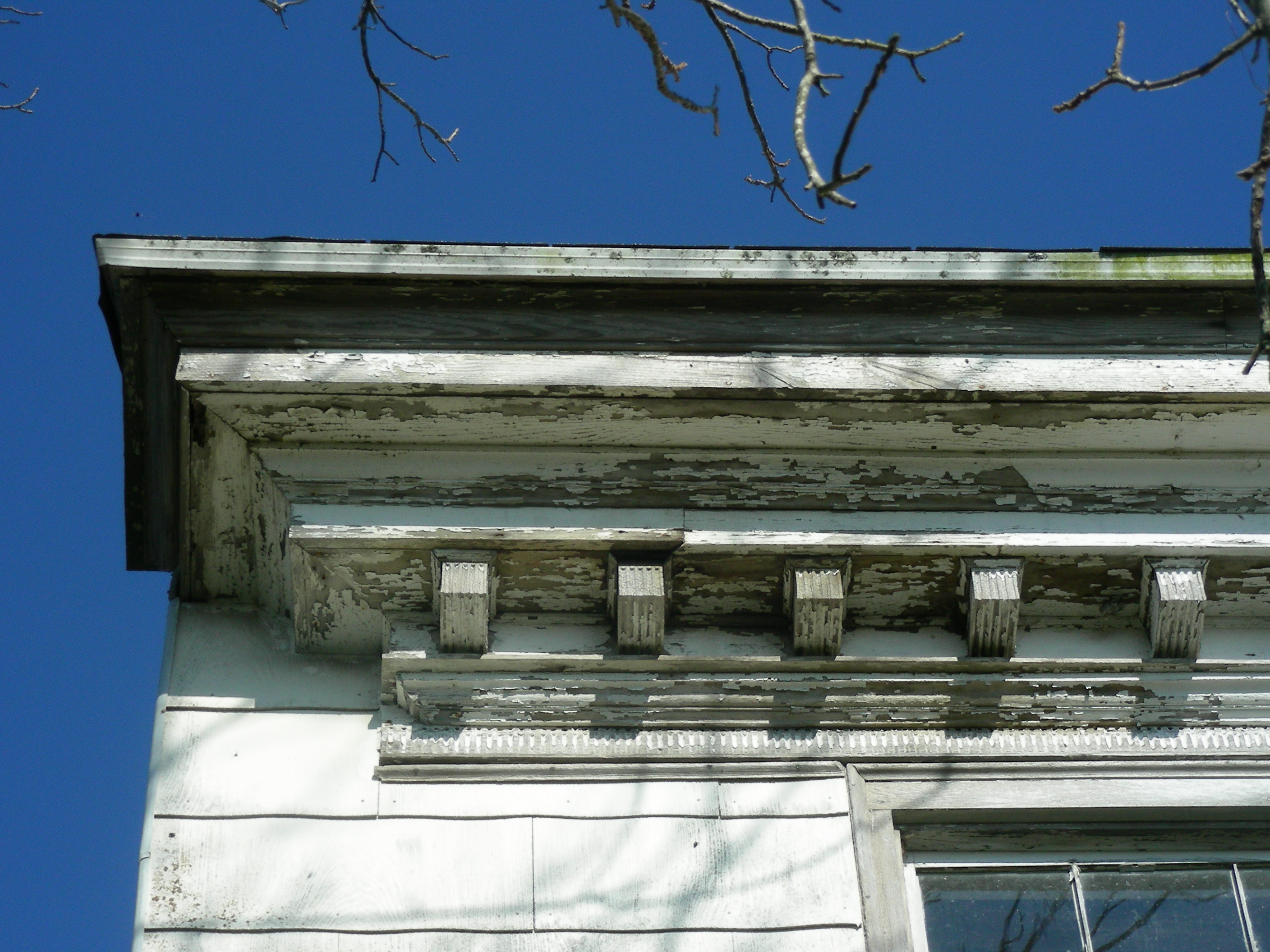 The eaves of the roof on Simpson's Grove. The building was cosntructed circa 1800.